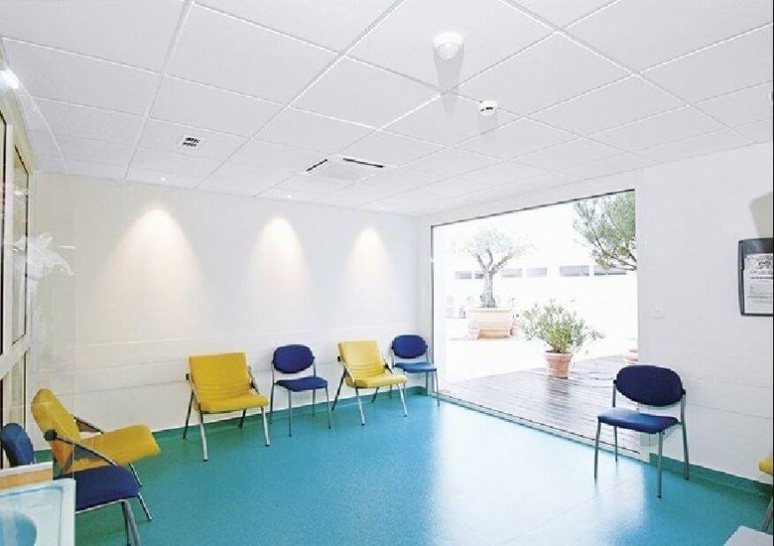 Hygiene Clinic E - לאזורים יבשים בענף הרפואה