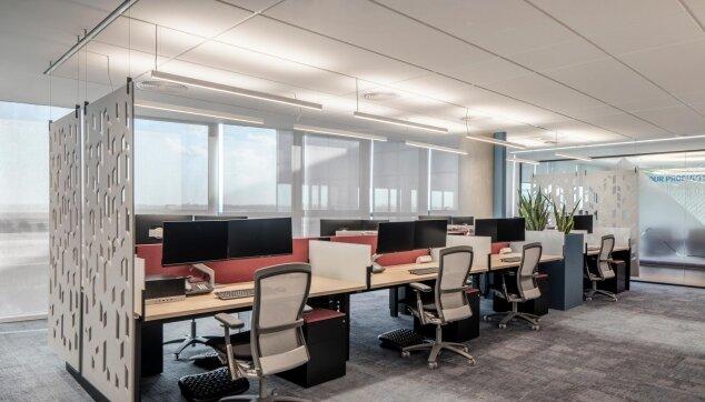 משרדי בוטומליין - תקרת Focus E - חצי שקועה