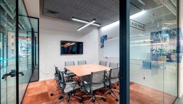 משרדי-Locus-view-תקרת-Line-EchoShape-3