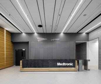 Focus Lp- אריח מאורך פריק - מדטרוניק - סתר אדריכלים, צלם עוזי פורת